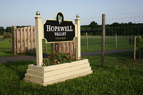 Hopewell Valley Vineyards - Front Sign