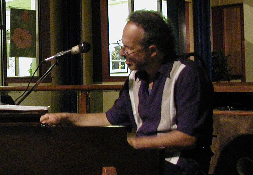 Radam Schwartz at the Hammond B3 Organ